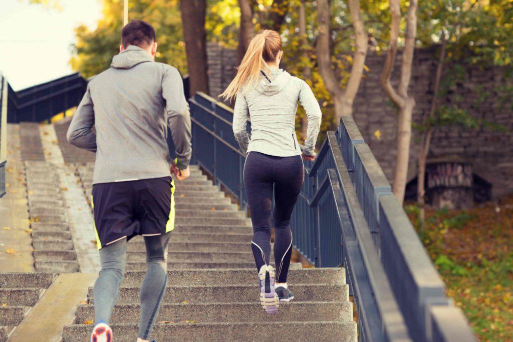 Ходьба и бег по лестнице: с чего начать