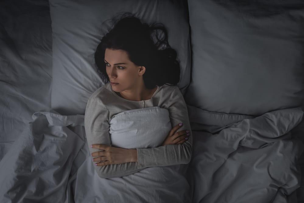 Бессонница — что это такое и каковы ее причины, как от нее избавиться