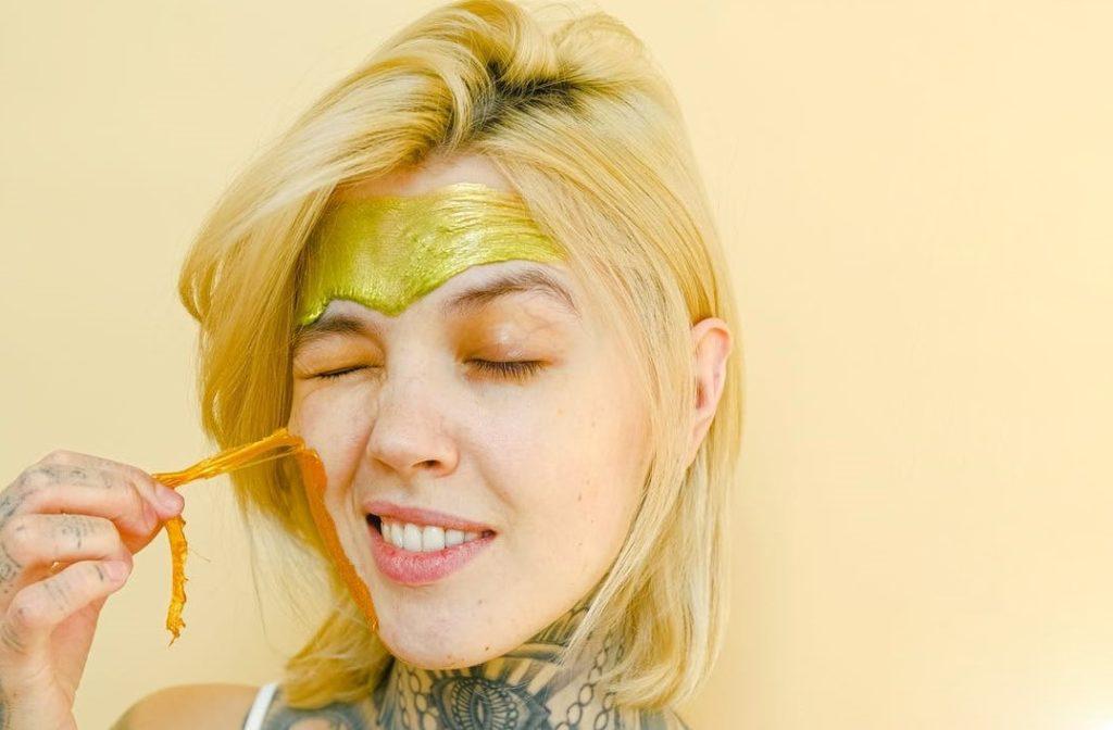 Как освежить лицо быстро в домашних условиях. Как сделать лицо свежим