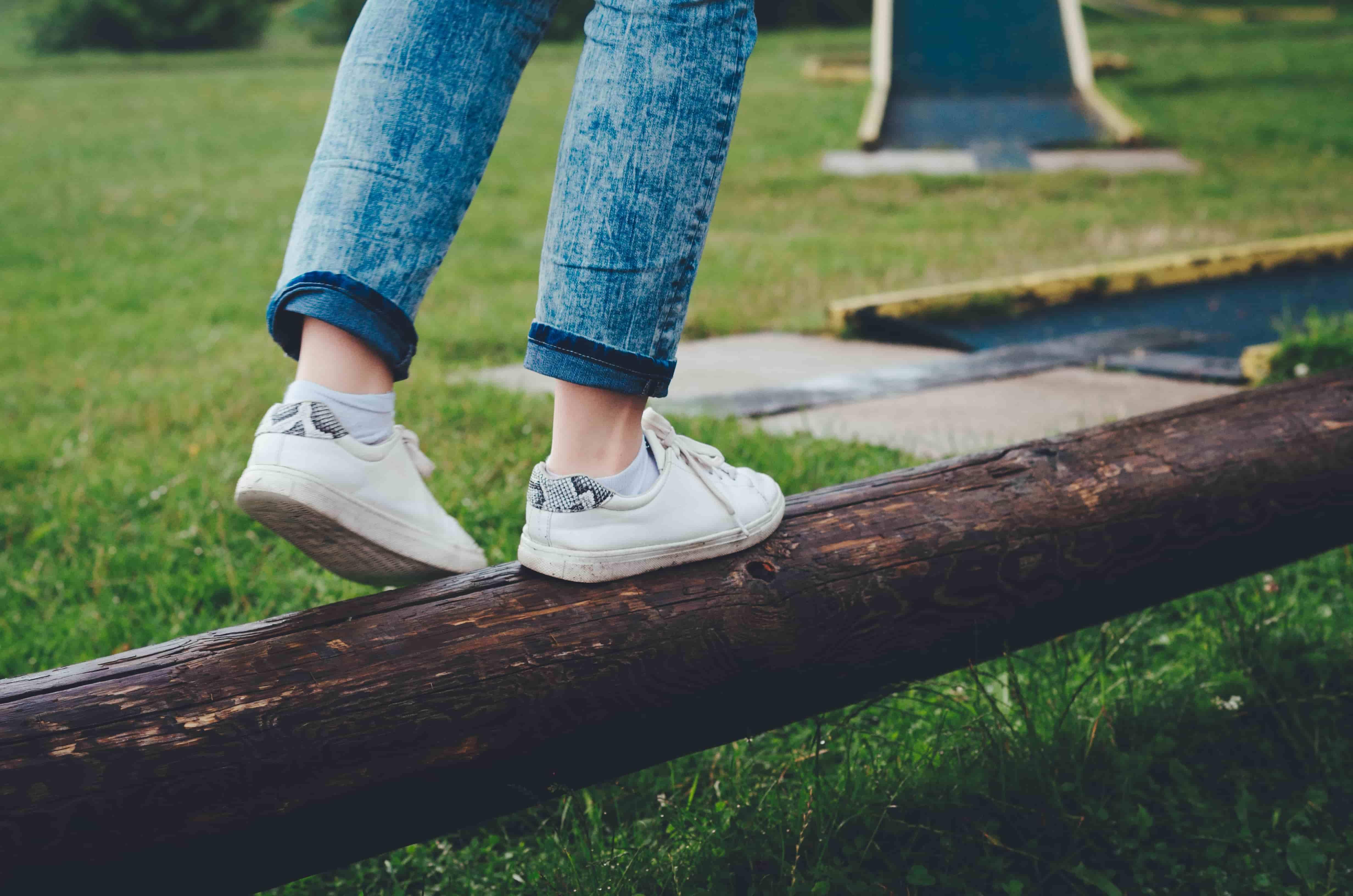 Как ухаживать за белой кожей. Правильный уход за кожаной обувью белого цвета