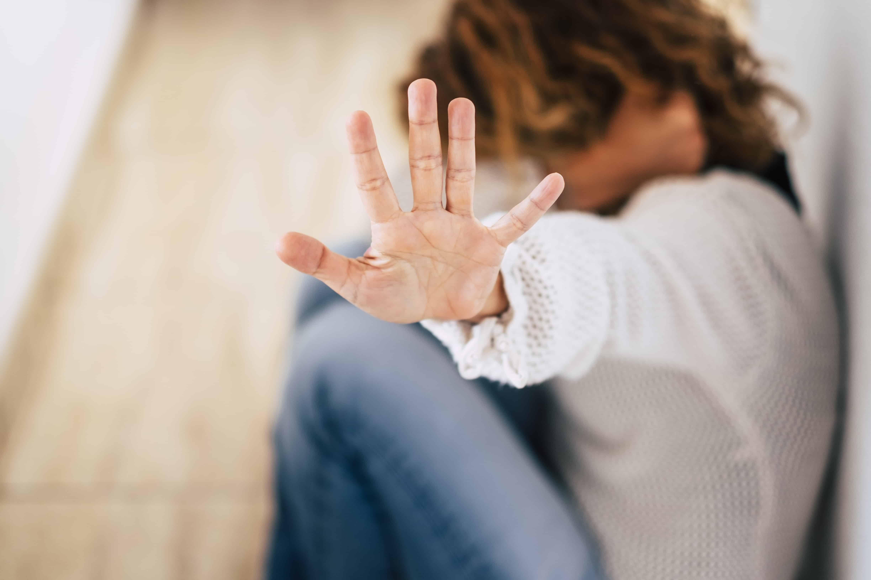 Признаки токсичных отношений с мужчиной и женщиной