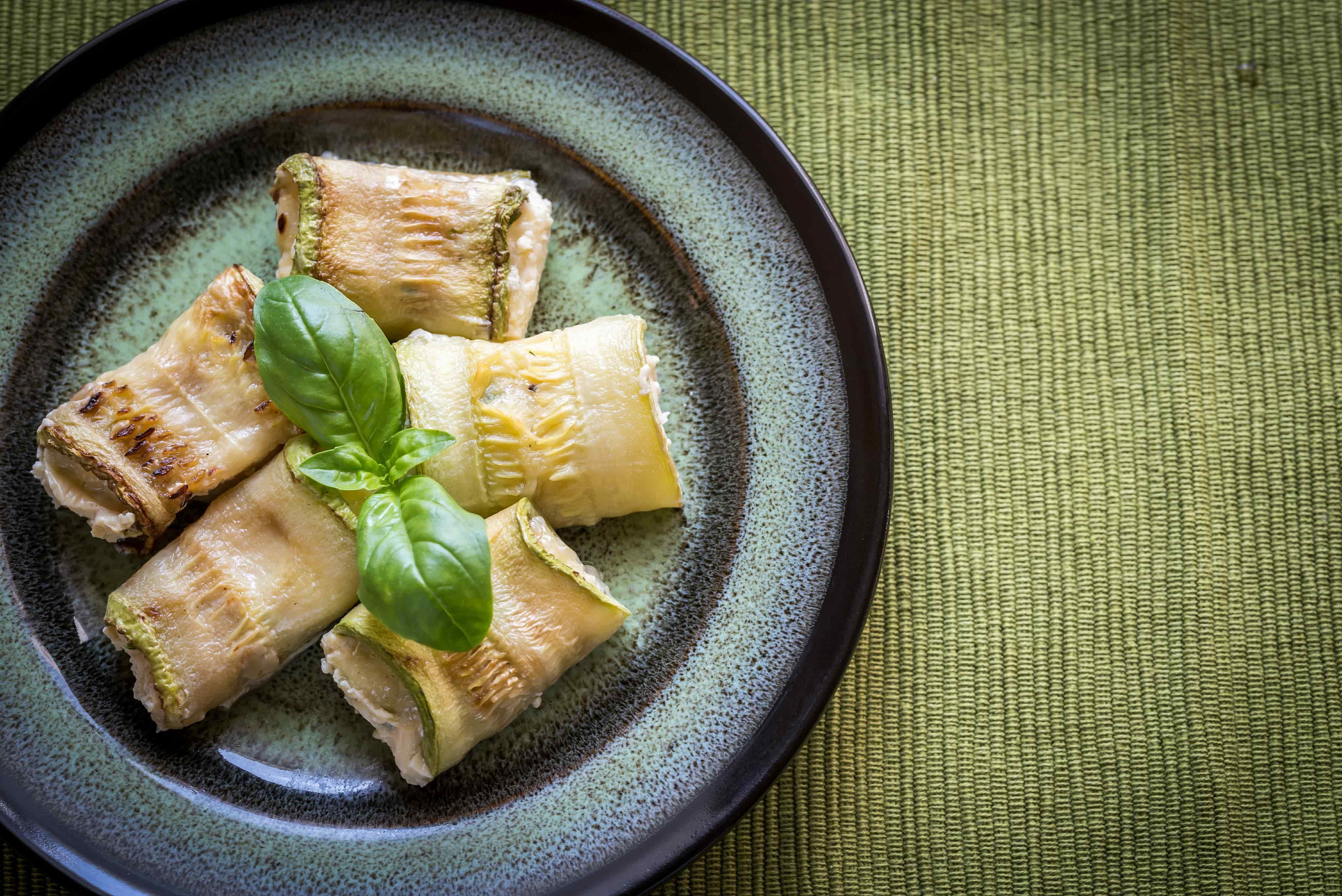 Кабачки, запеченные в духовке с сыром - рецепт с пошаговым приготовлением и фото