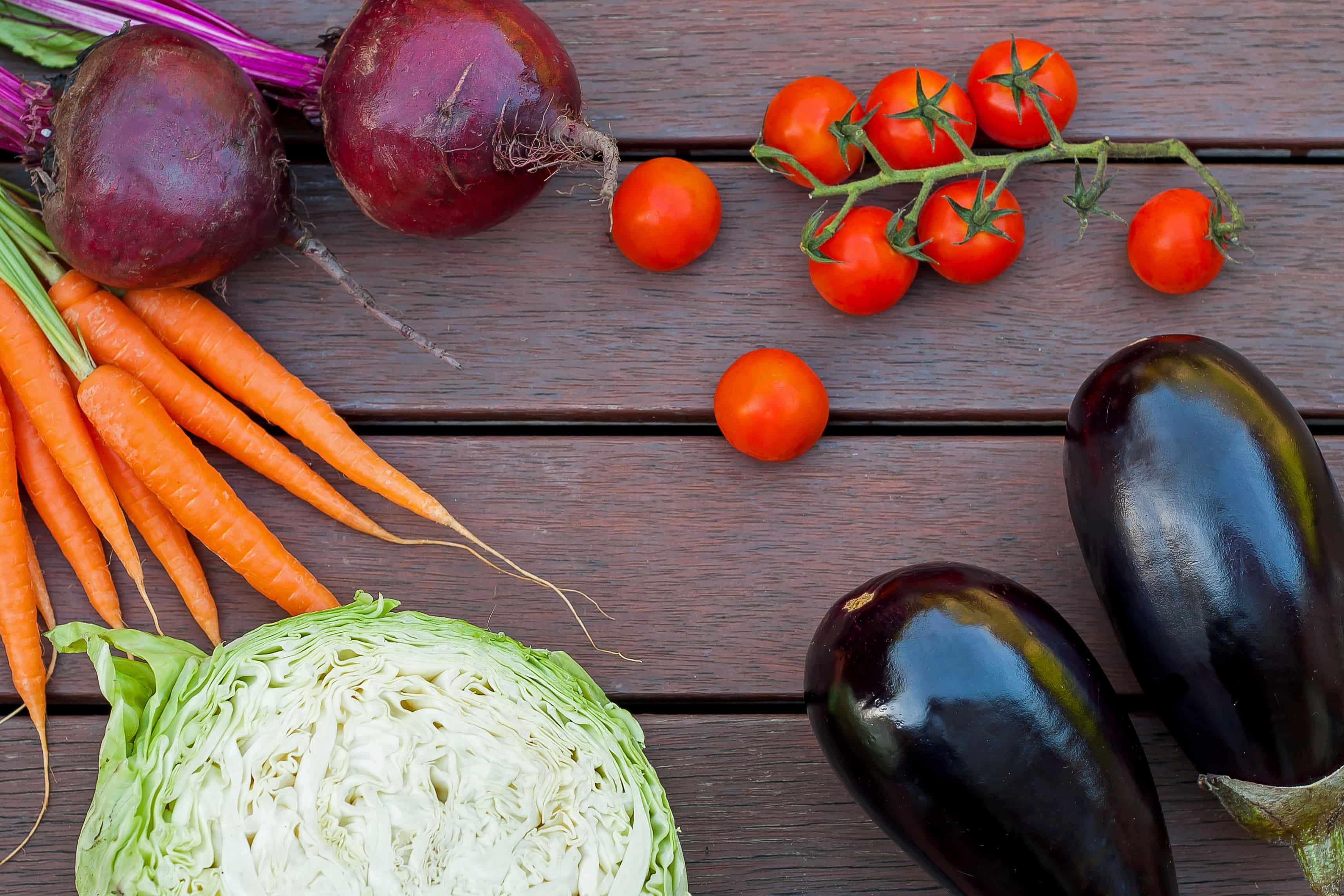 Тушеная капуста с баклажанами - рецепт с пошаговым приготовлением и фото