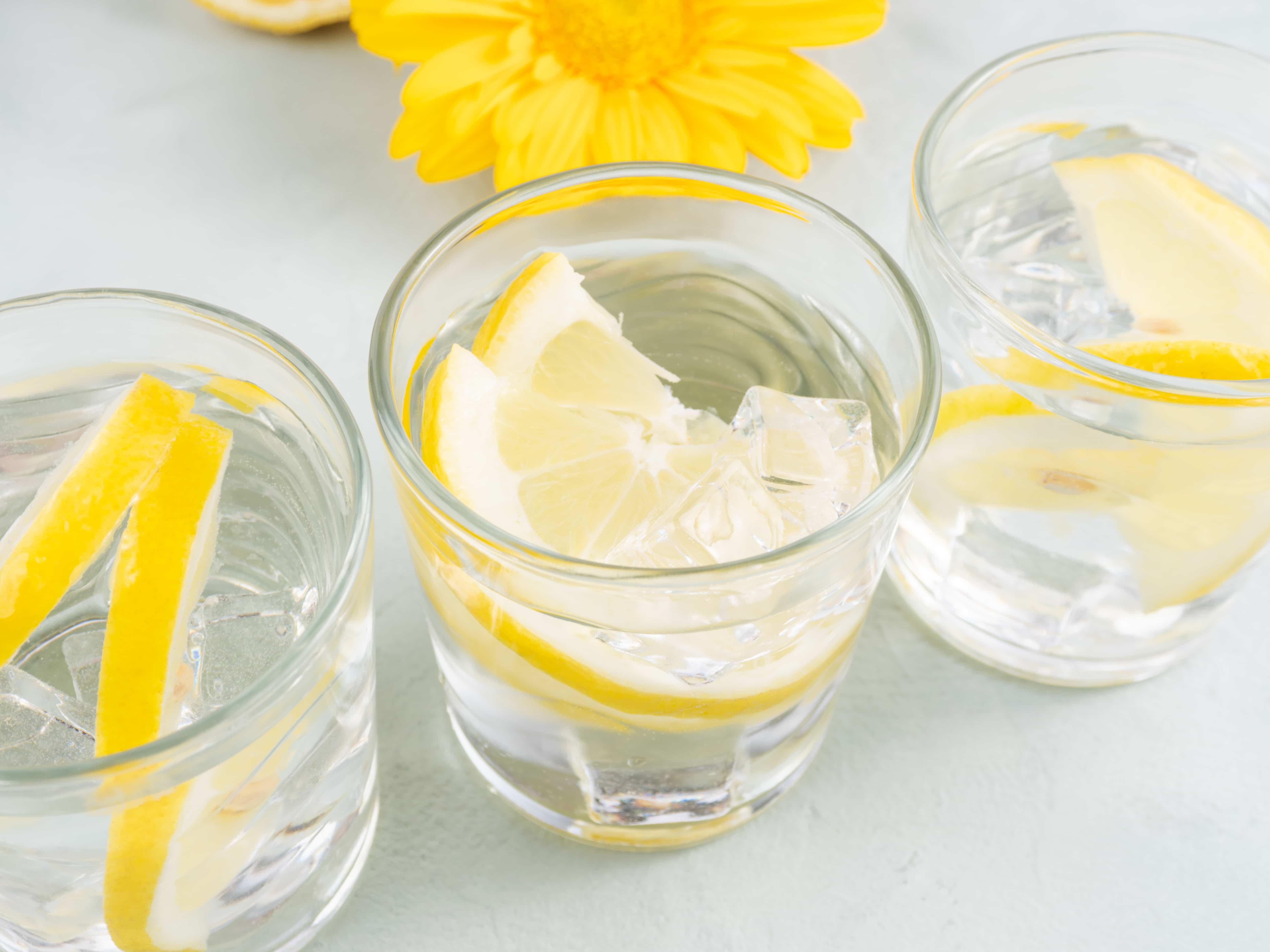 Вода с лимоном и медом что она дает. Как ее пить. Чем она полезна